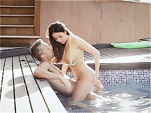 chesty wonder honey Anissa rides a stiffy by the pool