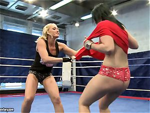 Aagell Summers and Kathia Nobili super hot fight bare
