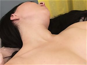 Ally fashion get her vagina dildoed by her friend