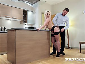 Private.com huge-titted Victoria Summers pokes in stocking