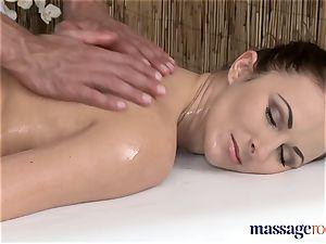 massage rooms killer customer loves stud's ginormous rock-hard jizz-shotgun