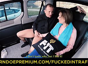 pulverized IN TRAFFIC - sport stunner penetrated on the backseat