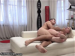 Rocco Siffredi's penis in amateur nubile donk