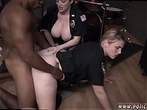 first-timer mummy glasses raw vid takes hold of cop fucking a deadbeat parent.