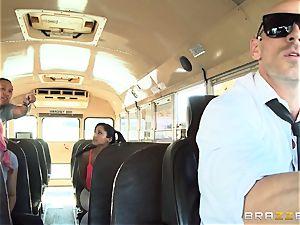 super-naughty hitchhiker Marsha May fucking red-hot bus driver