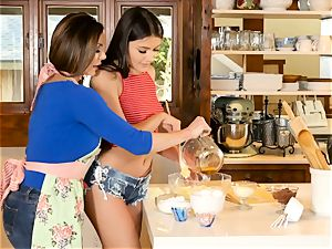 Kendra eagerness and Adria Rae lesbian act in the kitchen