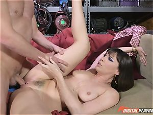 Dana DeArmond gets her uber-sexy taut twat ate and played with