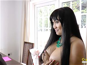 OldNannY Lacey Starr and Polynesian girl-on-girl
