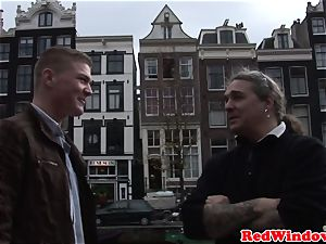 Pussyfucked dutch hooker greets tourist