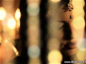 sensual Indian stunner luvs To Dance