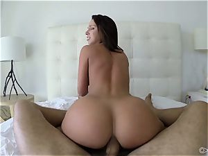 Jada Stevens loves to sense stiffy in her jaw-dropping butt